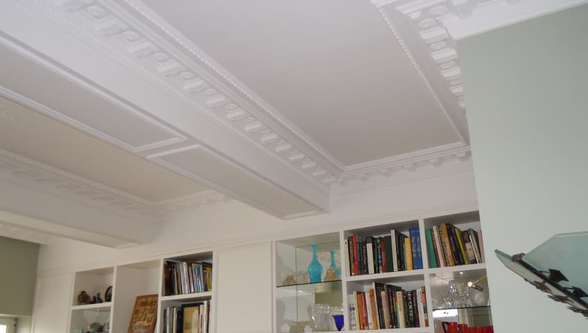 Faux plafond salon en platre for Faux plafond platre salon